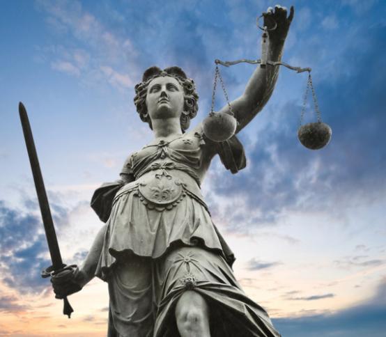 Avocat en droit pénal international à Boulogne-sur-Mer, Calais